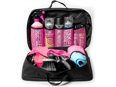 MUC-OFF Ultimate Valet Kit